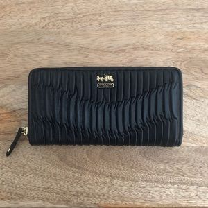 Coach Accordion Wallet Black NWOT